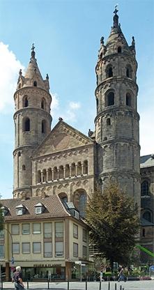 http://www.hamm-architektur-denkmalpflege.de/files/gimgs/th-15_HKArchitekten_Domzuworms_neu_7.jpg