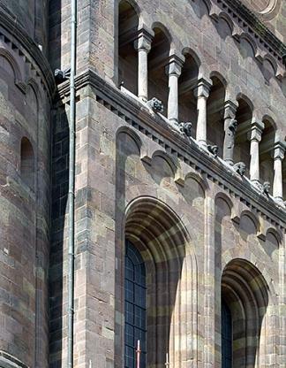 http://www.hamm-architektur-denkmalpflege.de/files/gimgs/th-15_HKArchitekten_Domzuworms_neu_8.jpg